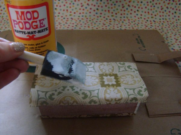 To Be Simply Happy: Decoupage Matchbox
