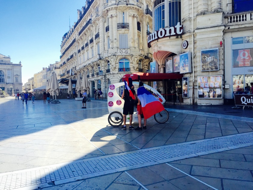You'll find among the major streets of Montpellier private chariots awaiting to take you along the city! So, if ever you just want a break from the walking, there are plenty of these ready to be your private driver.