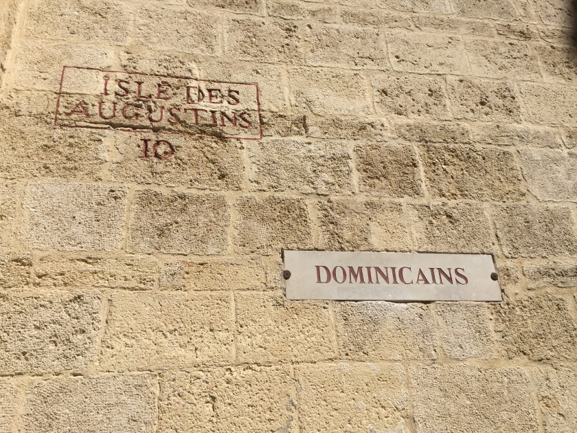 Another church (e'glise) worth visiting, and much different than the traditional Roman Catholic style, is the L'Eglise des Dominicains a Montpellier. This church is much smaller in size, although it is still within stone, century-aged walls.